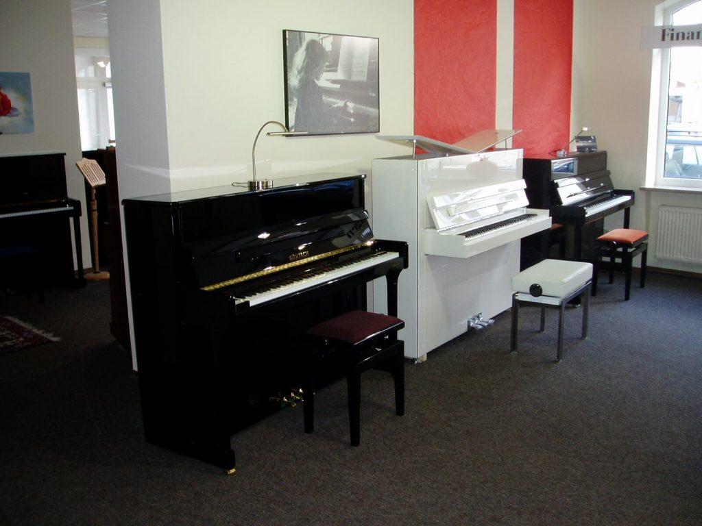 Startseite Piano Bredschneider Schwarzesklavier