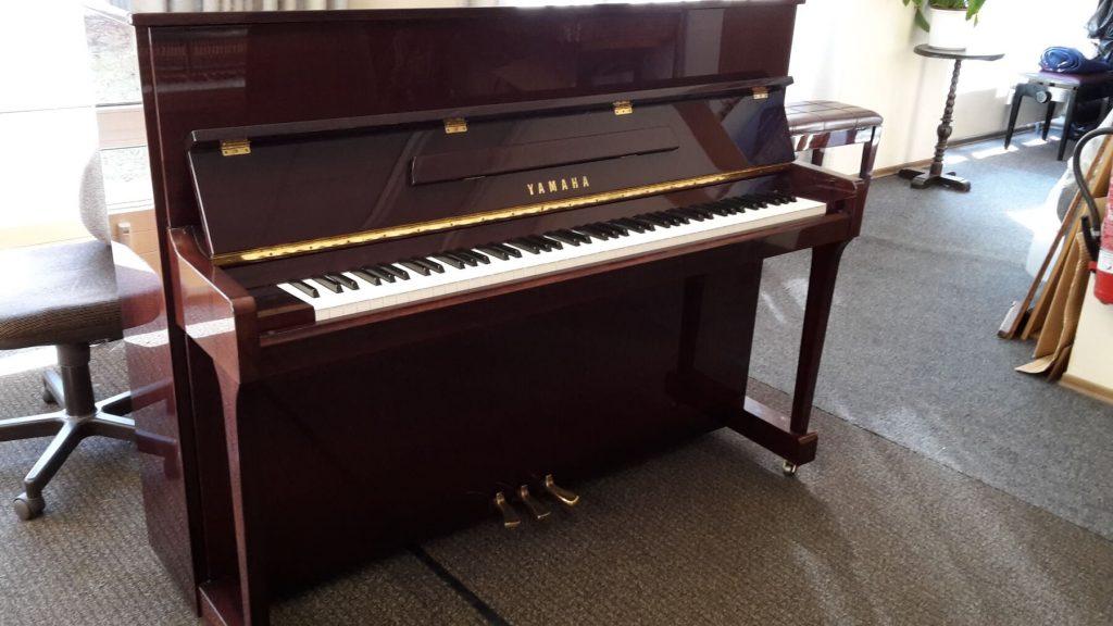 Yamaha Klavier Mod. P 116 N Bj